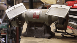 Can it be saved? Restoring a 47yearold bench grinder