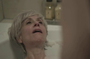 Shelly Pferffeman - Transparent 2x02 - Amazon