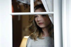 Revenge-Blood-Emily Thorne-3x18-Season-3