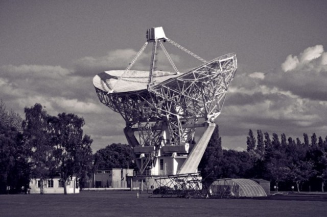 Powerful listening stations like Jodrell bank failed to pick up the transmissions (credit: Mike Peel)