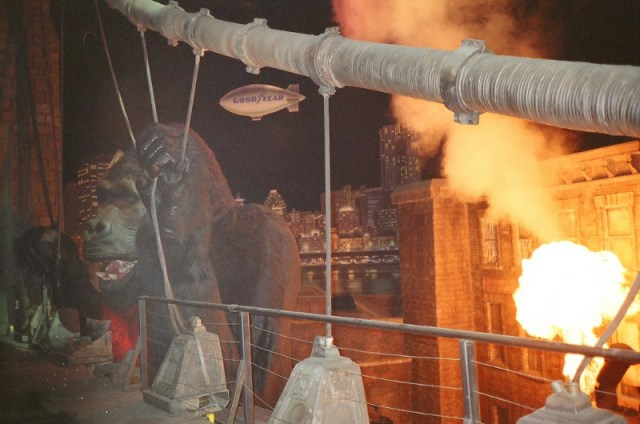 King Kong Animatronic, Fire, bridge, King Kong Ride