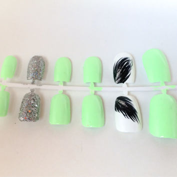 Best Glue For Artificial Nails S On Wanelo