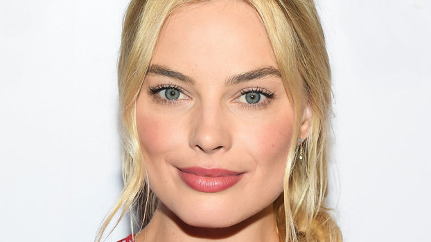 Margot Robbies Favorite Beauty Products