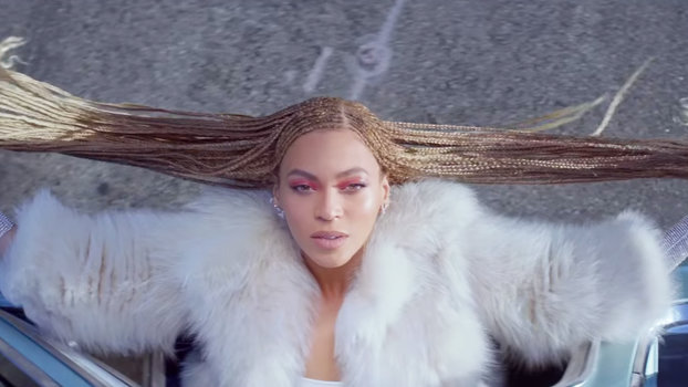 Heres How Beyonces Stylist Keeps Her Hair In Formation