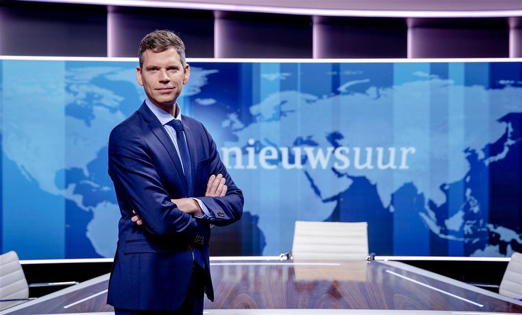 jeroen wollaars wil eigen stijl nieuwsuur entertainment telegraaf nl