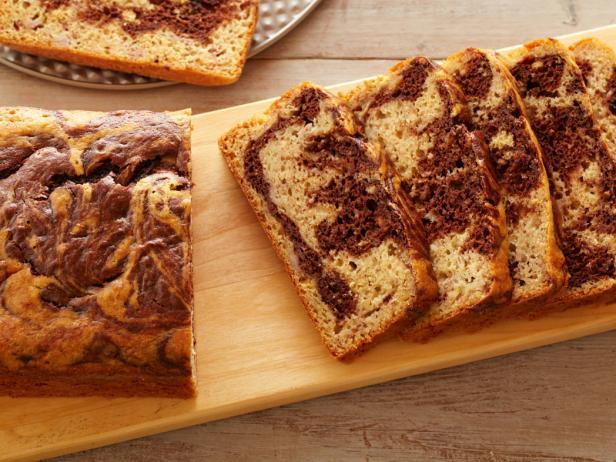 FNK_Healthy-Marbled-Banana-Bread_s4x3.jpg.rend.snigalleryslide