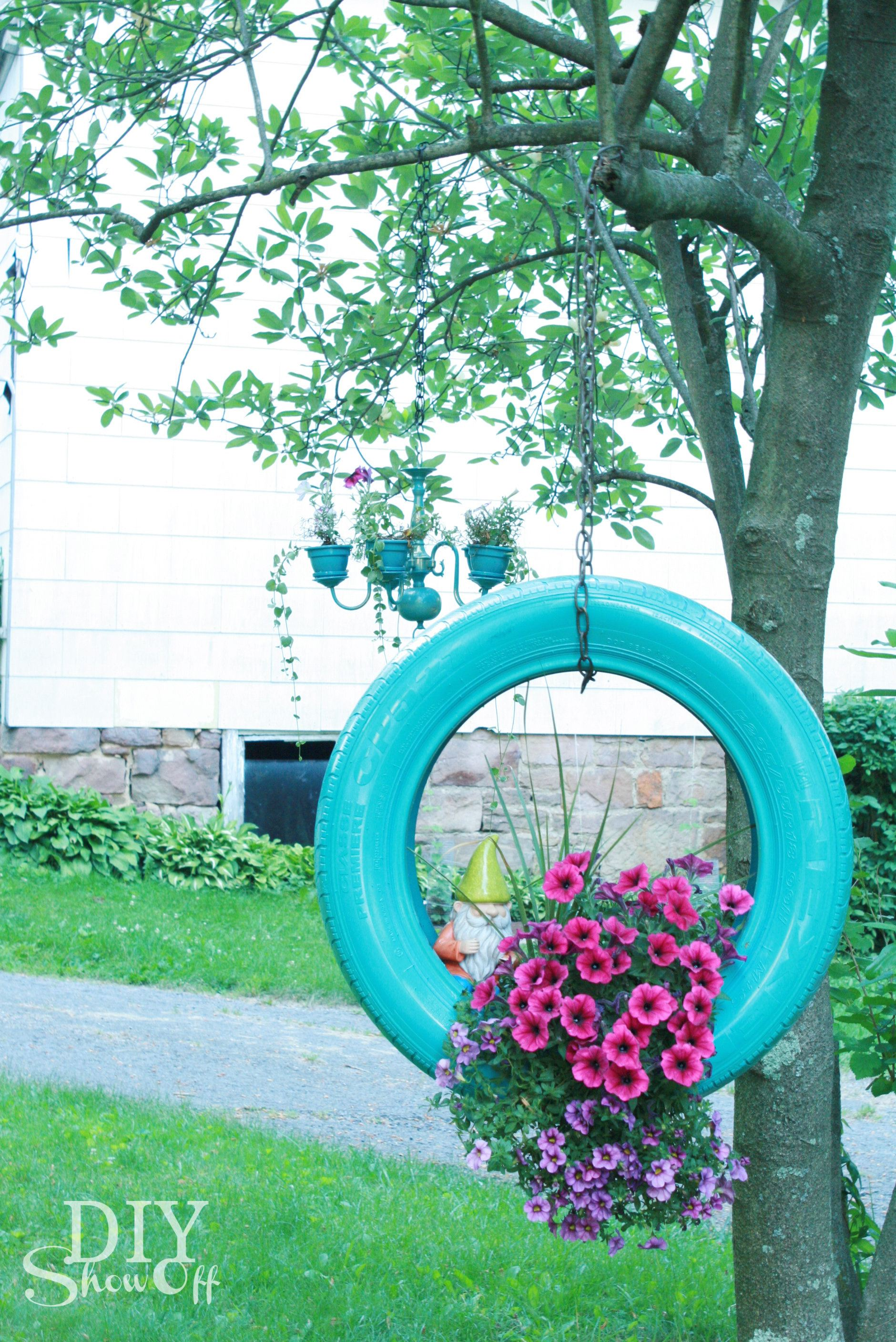 hanging-tire-flower-planter-tutorial