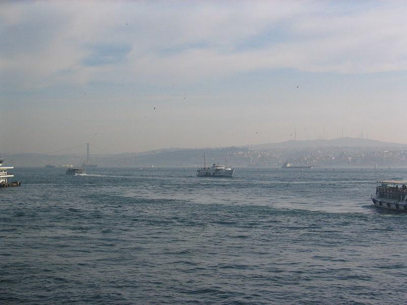 800px-Istanbul_img_4894