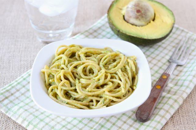 creamy-avocado-pasta
