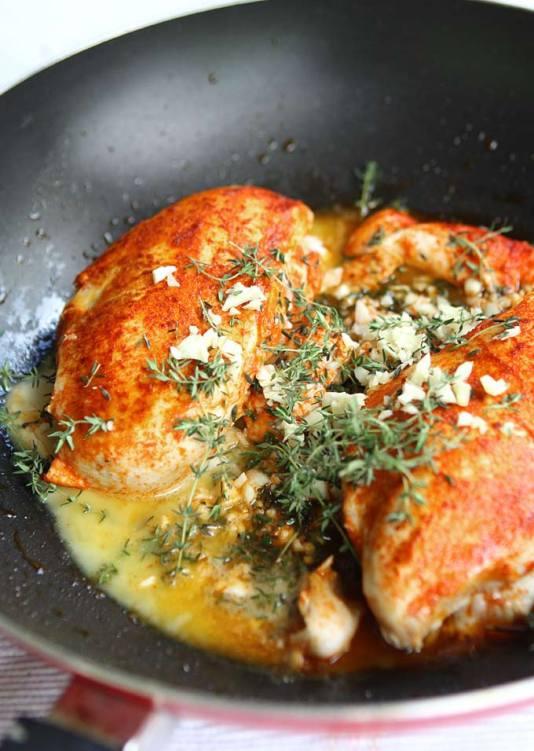 Paprika__Spinach_Chicken_in_White_Wine_Herb_Butter_Sauce_6