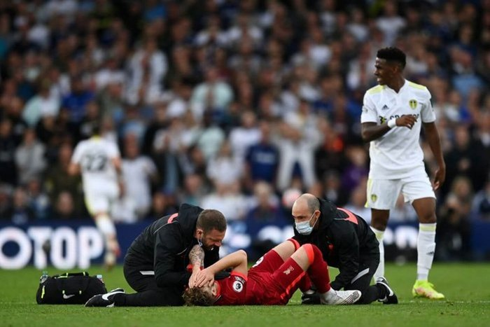 Harvey Elliott on tackle that led to dislocated ankle: It wasn't a red card
