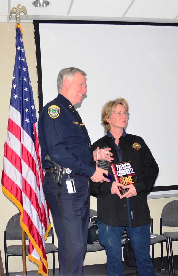 Mystery Writer Patricia Cornwell Brings CSI Classes to ...
