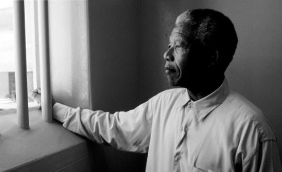 Nelson-Mandela-História-Doodle-Google-Apartheid