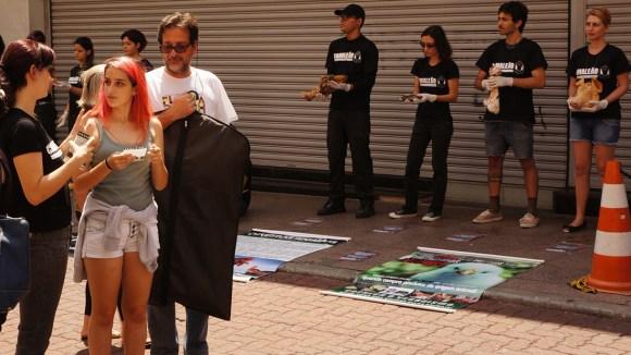 ong-camaleao-dialogo-rua-veganismo-dia-internacional-direitos-animais-dida-2016-libertacao-animal