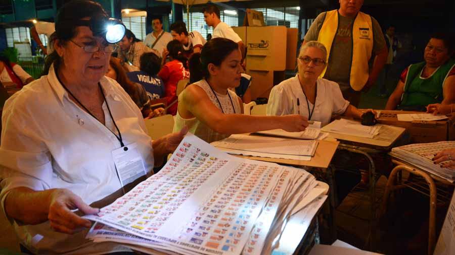 No hubo legislación sobre tecnología para Juntas Receptoras de Votos