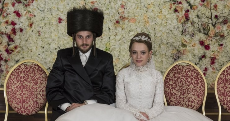 Netflix's 'Unorthodox' paints a misleading picture of Orthodox Judaism |  openDemocracy