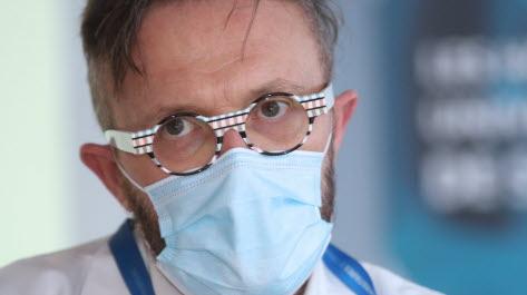 Le D rChristophe Hommel, responsable du centre de vaccinations internationales, lors d'une conférence de presse sur la campagne de vaccination contre la Covid. Photo L'Alsace /Jean-Marc LOOS