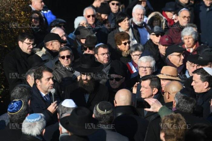Christophe Castaner s'est exprimé vers midi. Photo DNA - Franck Delhomme