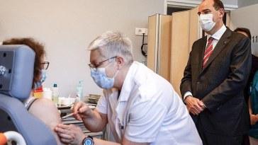 l'Europe va commander deux milliards de vaccins Pfizer