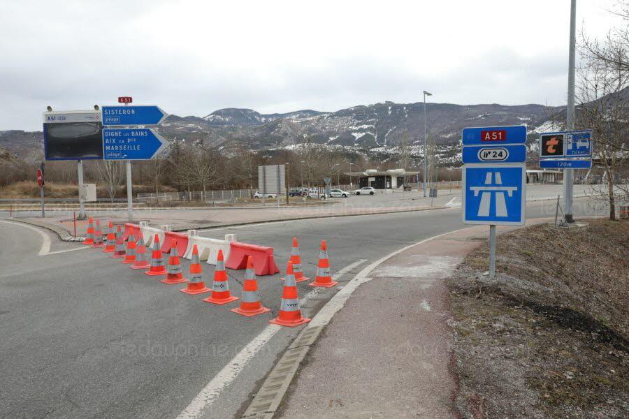 A plusieurs reprises, l'A51 a été fermée après des actes de vandalisme. Photo illustration Le DL/Vincent OLLIVIER