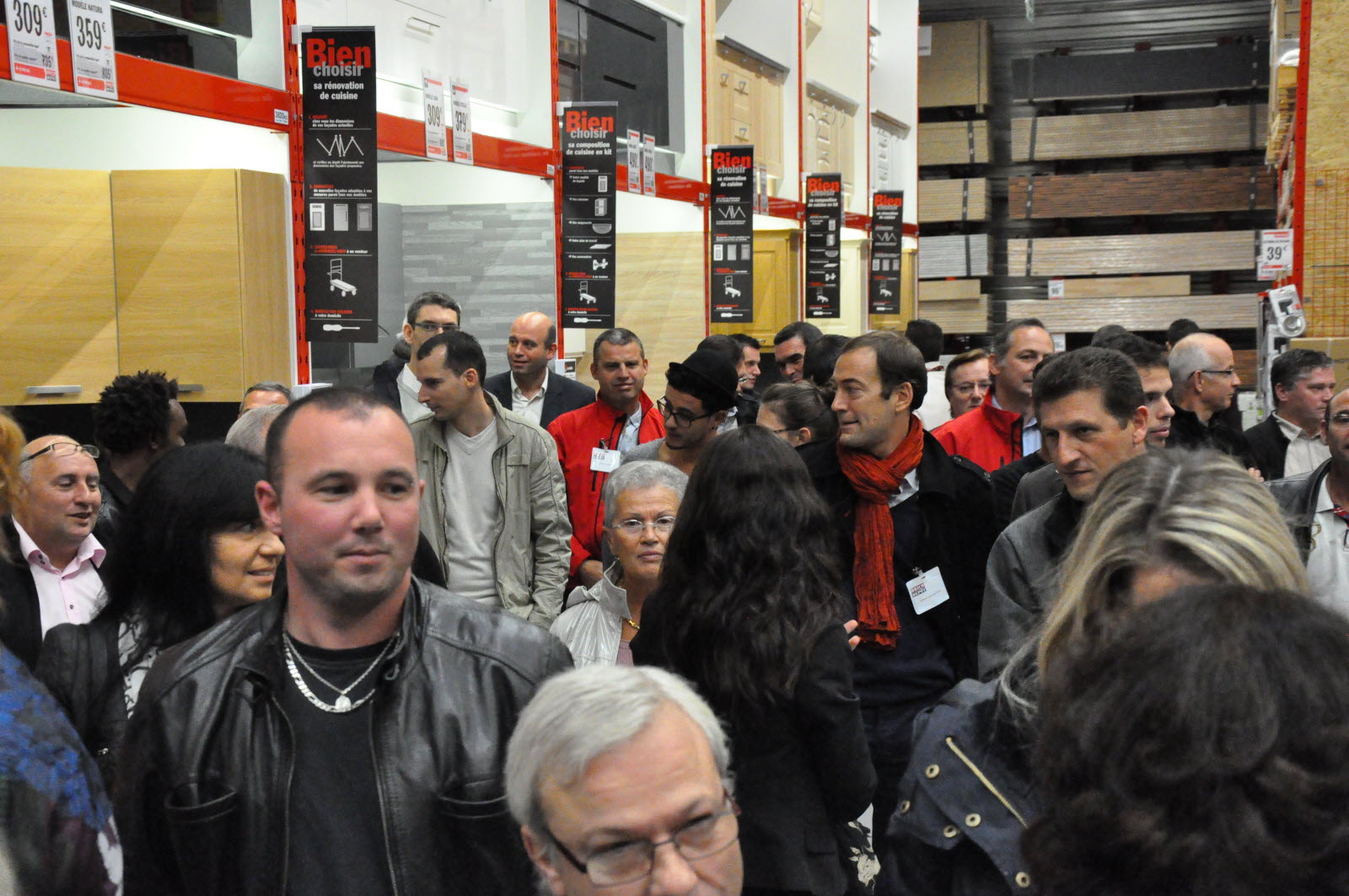 Montceau Commerce Ouverture De Brico Depot Aujourd Hui