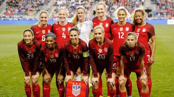 U.S. women's players, U.S. Soccer agree to new CBA - Full ...
