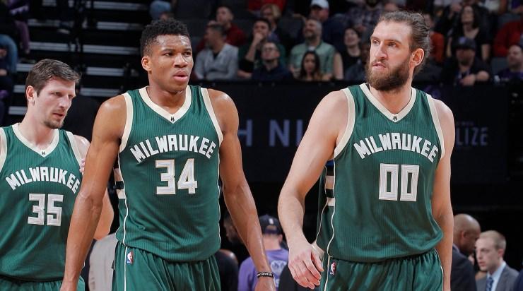 Milwaukee Bucks v Sacramento Kings
