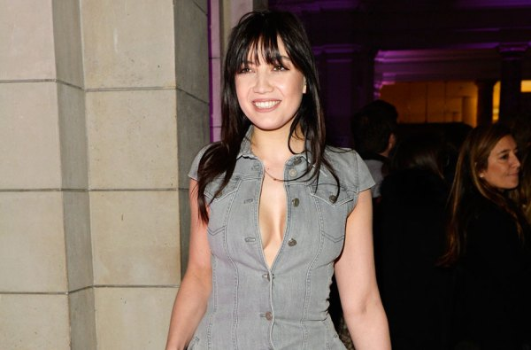 Sports Illustrated Swimsuit 2016 Casting Call: Daisy Lowe ...