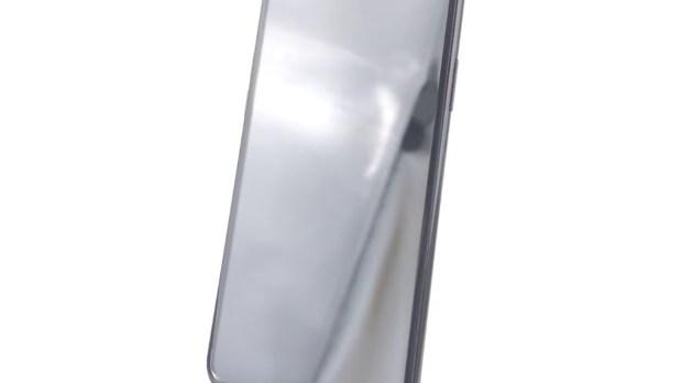 Видео дня: макет финальной версии смартфона iPhone 8 во всех деталях