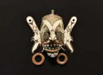 maschera del borneo