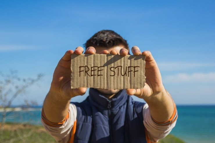 32 of the Absolute Best Freebies We've Ever Found Online
