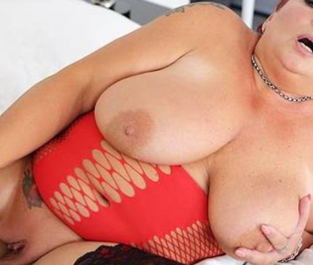 Vr Porn Video Bbw Mature Playing With Her Big Dildo