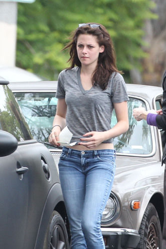 Kristen Stewart Cheating Scandal Parties Need To Sit Down With Dr Phil The Stir