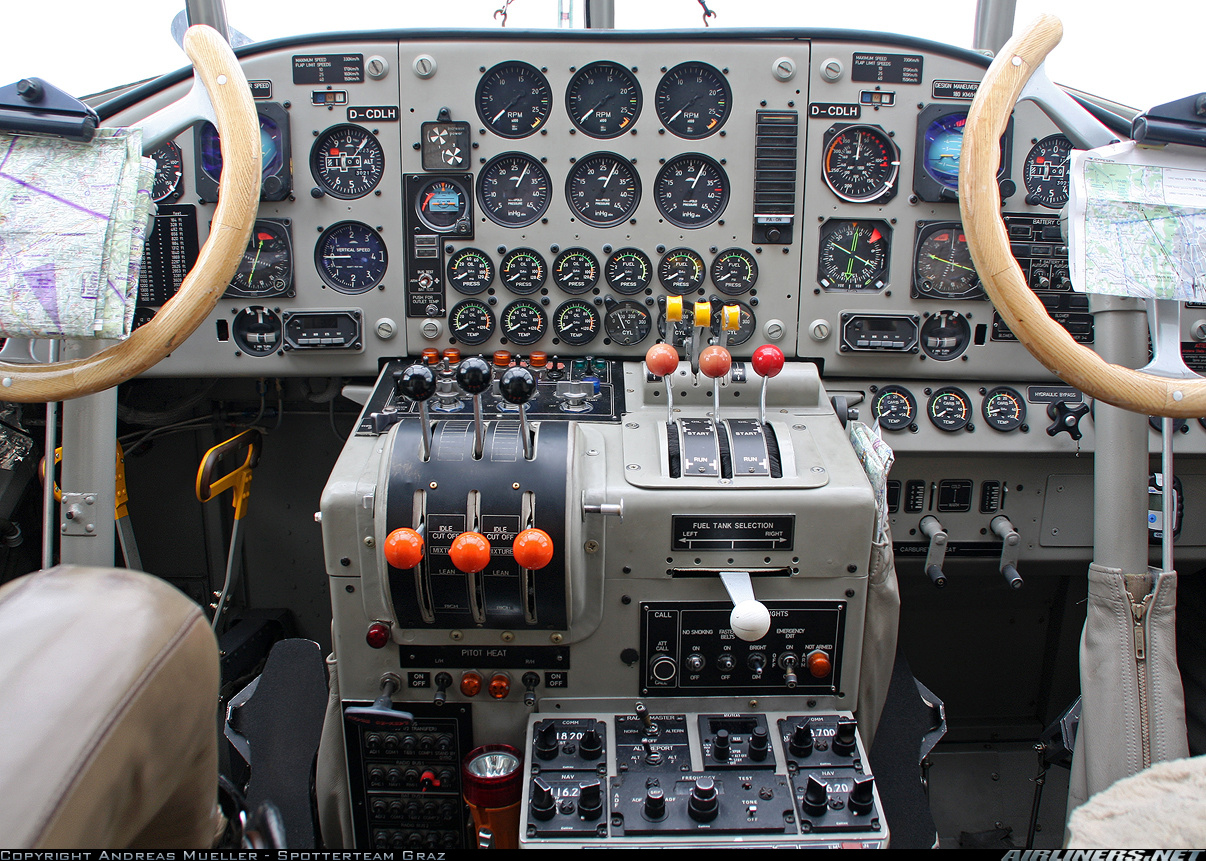 Restored Ju52 cockpit (Copyright: Andreas Mueller - Spotterteam Graz)