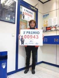 Zaragoza.- La Administración número 1 vende una serie de quinto premio 00943