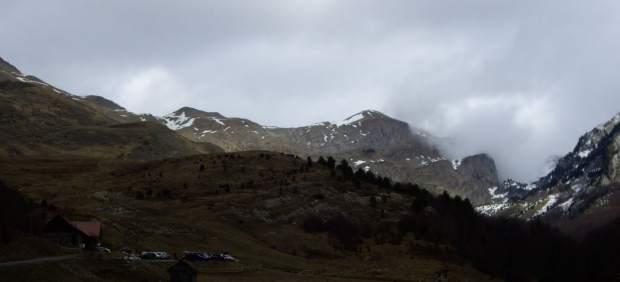 Vista del Pico Chinebral desde el refugio de Linza.