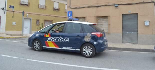 Imagen de un coche de Policía Nacional de patrulla