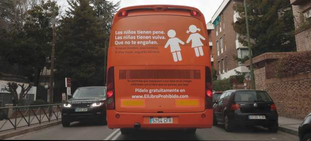 Image result for el bus de Hazte Oir