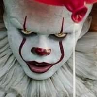 Una aterradora escena eliminada de 'It' mostraba a Pennywise devorando un bebé