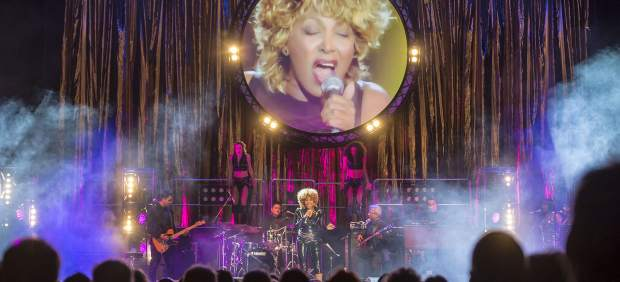 Imitación de la actuación de Tina Turner en 'Stars in Concert'.
