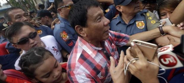 """Rodrigo Duterte, presidente de Filipinas: """"Si hay muchas mujeres bonitas, habrá muchas violaciones"""""""