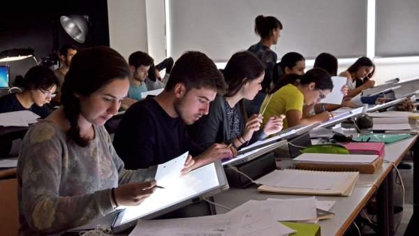 Resultado de imagen para estudiantes