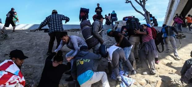 Inmigrantes centroamericanos en la frontera de EE UU