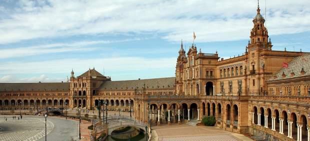Estos son los destinos que más gustan a los españoles para viajar.