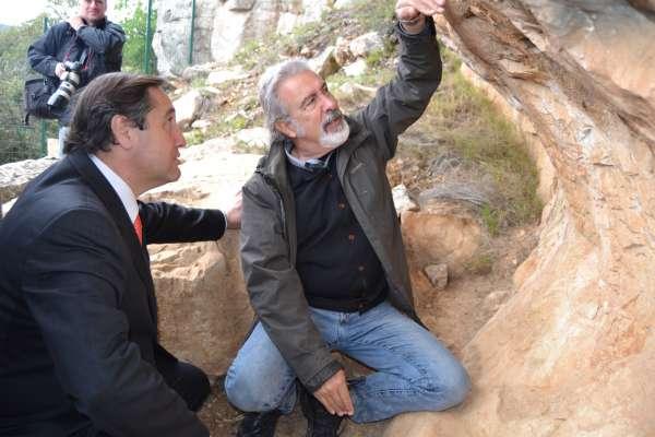 El arte rupestre de las montañas de Prades vuelve a ser visitable tras su restauración