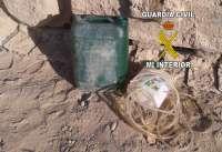 Detenidos tras ser sorprendidos robando gasoil de vehículos pesados en un polígono de Mengíbar