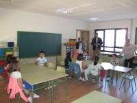 El alcalde de Teruel visita el colegio de San Blas tras la construcción de dos nuevas aulas