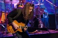El blues rock de Virgil & The Accelerators llega a la Sala Roxy