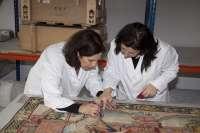 Wert asiste a la entrega del tapiz 'La Virgen y el Niño' al Museo de Huesca