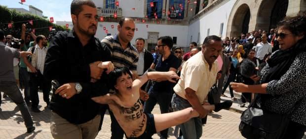 Protesta feminista en Túnez